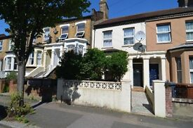 2 BEDROOM GROUND FLOOR FLAT LOCATED 5 MINUTES WALK TO LEYTON STATION (CENTRAL LINE)