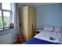 Fantastic Double Room Available In Flat Share In Desireable Golders Green Area