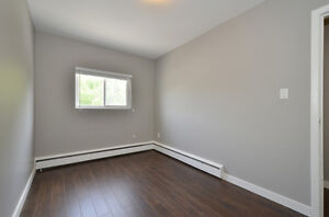 2 BDRM MODERN UNIT WITH TRENDY FINISHING - AVAILABLE NOW! London Ontario image 17