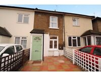 A spacious two bedroom house available to rent in Kingston. Cambridge Road.