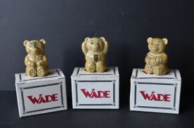 Set of Three Wade Ceramic Teddy Bears with Bee - with boxes