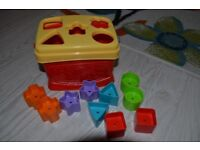 Baby and toddler development toys / Puzzles, shape sorters, musical stacker and others