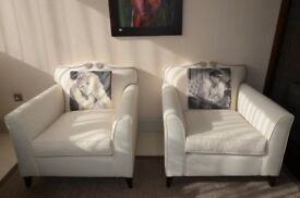 Show flat ex-display Classic armchairs