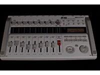 Zoom R16 digital multitrack recorder & DAW interface