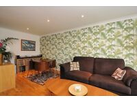 Overhill Road - A modern one bedroom purpose built apartment with spacious reception room.