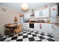 Fantastic 5 Bed + Garden Victorian Conversion in Lower Clapton, E5 - Available From 1st March