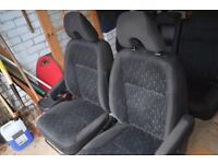 HONDA CR-V 2006 Car Seats (with Airbags intact).
