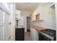 Haringey N15 ----- Amaizing 1 Bed Ground Floor Flat With Garden ---- 265pw --- N15 3BA --