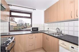 Sunbury - Large 1 Bed Flat - Just Refurnished