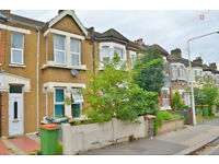 E6 1EZ - Superb 4 Bedroom House + Garden located in Grangewood St, East Ham - £1900pcm - Call Now!!