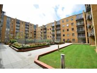 *STUNNING 1 BEDROOM IN CANARY CENTRAL WITH AMAZING FEATURES IN E14 * CONTACT NOW TO ARRANGE VIEWINGS