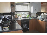 Amazing One Double Bed Ground Floor Flat ---- Poplar E14 6NG ----- £288.45pw ----- Call Now!!!