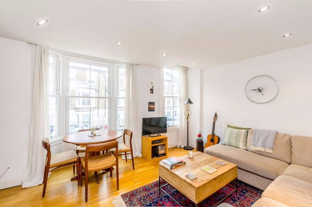 LOVELY 2 DOUBLE BEDROOM GARDEN FLAT LOCATED SECONDS FROM ARCHWAY UNDERGROUND STATION