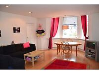 A bright spacious and very well presented one double bedroom first floor flat