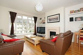 Lawrie Park Road SE26 - Two/Three bedroom first floor flat set back in popular development to rent