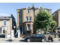 2 bedroom flat in Lordship Park, London, N16 (2 bed)