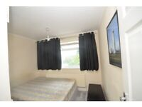 Double room available in Thornton Heath Only £600 PCM all bills included.DSS WELCOME