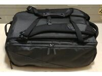 "NOMATIC TRAVEL BAG THE MOST FUNCTIONAL TRAVEL BAG EVER 14""x 9""x 21"" £175"