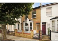 A beautiful mid-terrace Victorian 4 bed house to rent with private garden. Milton Road SW19