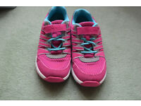 Clarks Trainers size 2.5
