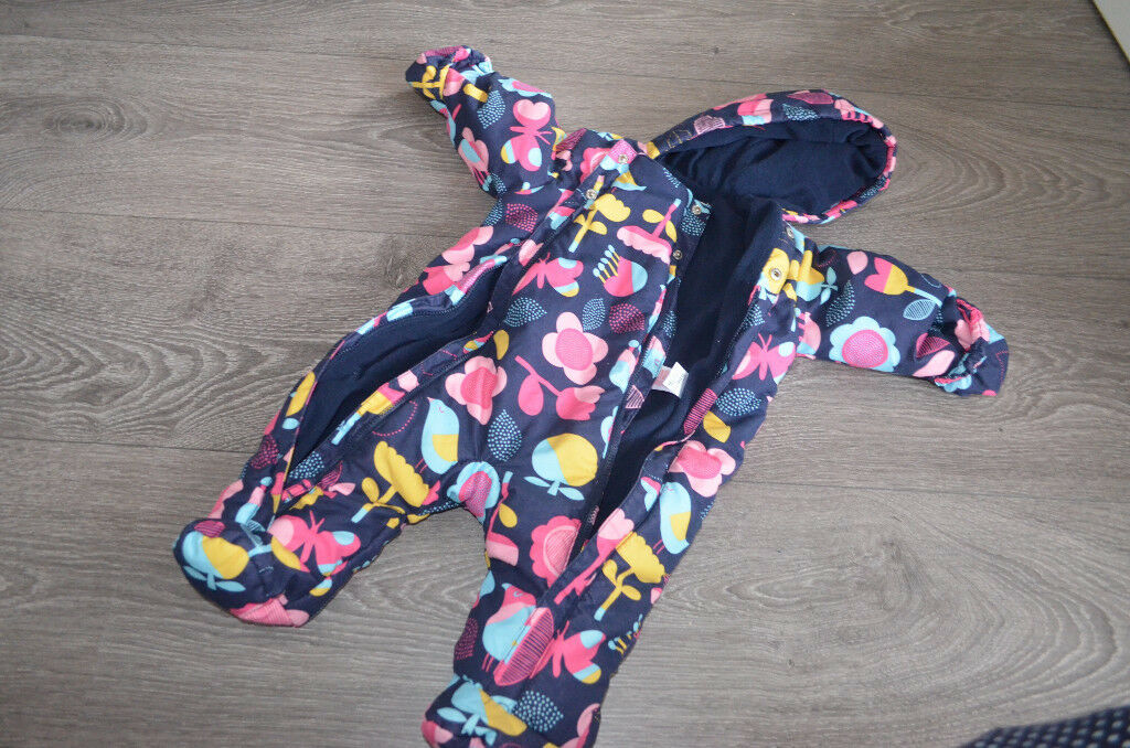 M&S Snowsuit Pramsuit Baby girl size 3-6 months vgc