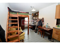 Stunning Self Contained Studio Flat in Upper Clapton Road - Hackney E5 - Rent inclusive of Bills