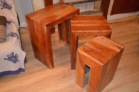 nest of tables - excellent condition