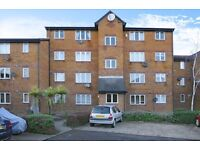 John Silkin Lane - A well presented studio apartment to rent with parking and secure entry