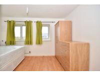 Good size double rooms for rent -LESS HOLDING Deposit - SE28 0LJ
