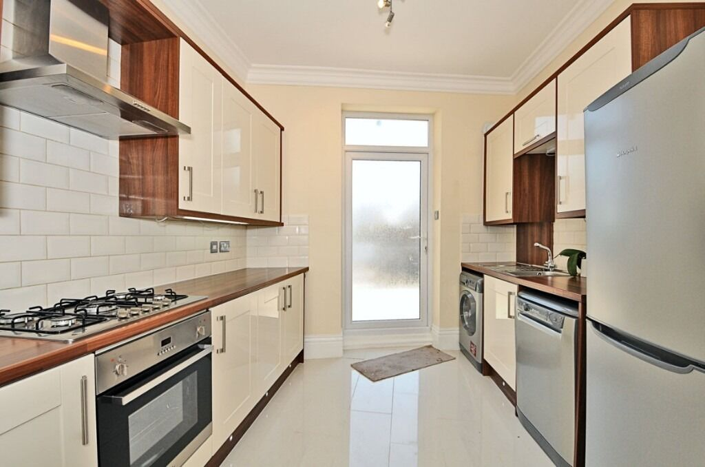 A completely refurbished two bedroom, two bathroom split level flat, Fulham Road, SW6