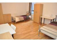 Single bed in 3 rooms flat at Copenhagen pl Street in London - Room 3