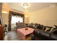 *** 5 Bed + 2 Bath Flat With Private Front Garden In Clapton, E5 - Available Now - £ 600 P/W ***