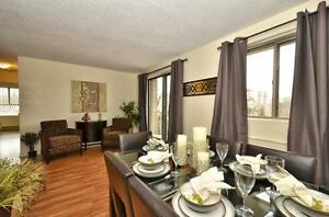 SPACIOUS RENOVATED SUITES WITH 2 BATHS! London Ontario image 2