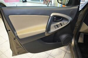2012 Toyota RAV4 AWD, A/C, Power Windows & Locks, Keyless Entry Oakville / Halton Region Toronto (GTA) image 9