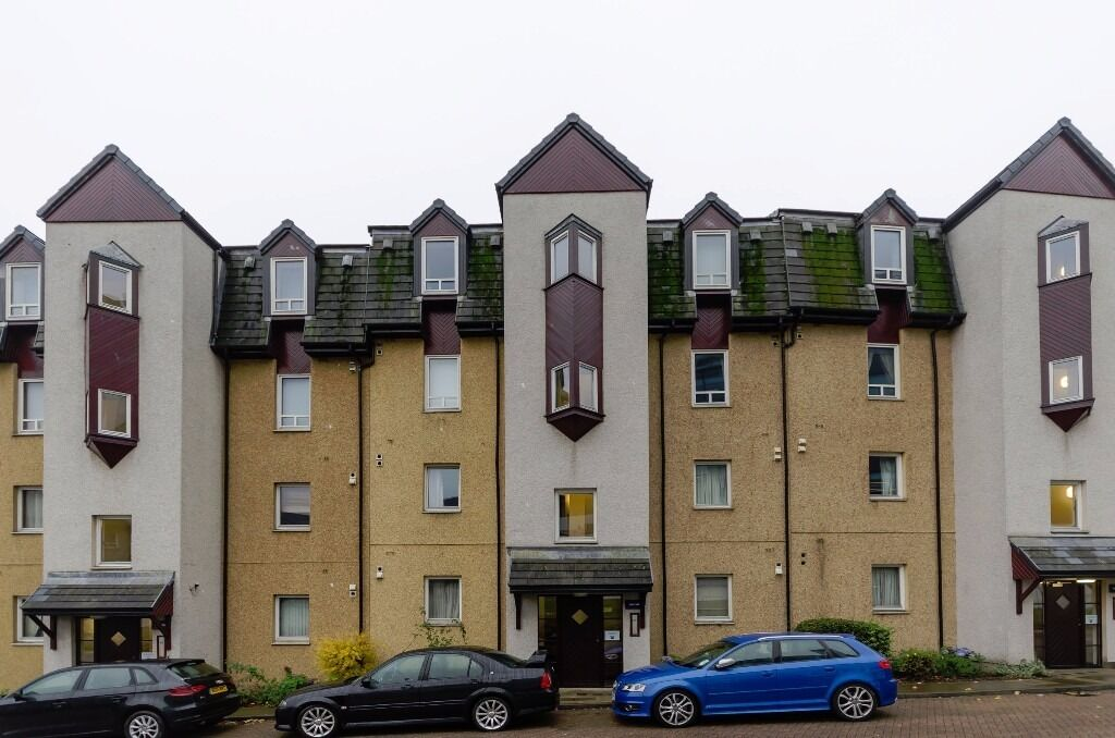 AM PM ARE PLEASED TO OFFER FOR LEASE THIS IMMACULATE 2 BED PROPERTY- ABERDEEN- STRAWBERRY BANK-P1065