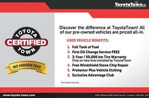 2014 Toyota Camry LE UPGRADE WITH NAVIGATION - SNOW TIRES! London Ontario image 11
