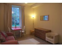 Lovely 1-bed furnished flat in Abbeyhill, Available 17th May