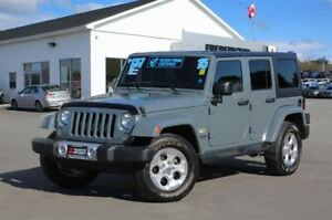 2015 Jeep WRANGLER UNLIMITED SAHARA! REDUCED! AUTO! NAV!