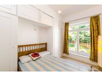 3 BEDROOM WITH ROOF TOP TERRACE IN BELSIZE PARK - AVL NOW