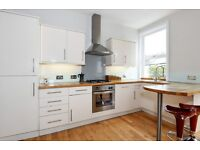 Stee - A lovely first floor two double bedroom garden flat to rent in Earlsfield