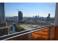 2 bedroom flat to rent in Warton Road, Stratford, E15