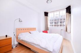 Stylish 1 bed in portered block in heart of Chelsea (with balcony)!