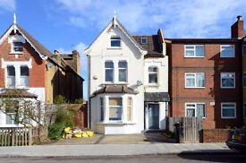 Newly Refurbished Double Room £625 pcm including Council Tax, TV licence and Broadband only