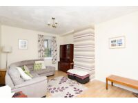 AM PM ARE PLEASED TO OFFER FOR LEASE THIS SPACIOUS 3 BED HMO HOUSE-MONTROSE DRIVE-ABERDEEN : P2808