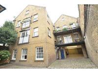 Unique Mews House - Apartment in Highbury & Islington N1