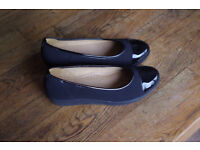New and unworn Gabor shoes
