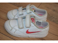 Girls Nike trainers size 8