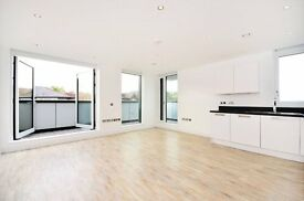 Very bright and stylish 3 bedroom property near Archway Station