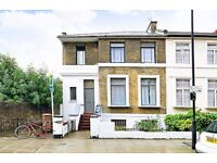 SPACIOUS 3/4 DOUBLE BEDROOM HOUSE WITH GARDEN MOMENTS FROM HACKNEY CENTRAL & DALSTON TUBE STATIONS