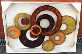 WALL ART ABSTRACT DISK WALL DECOR STEEL IN ORIGINAL BOX NEVER USED 28 INCHES BY 21 INCHES